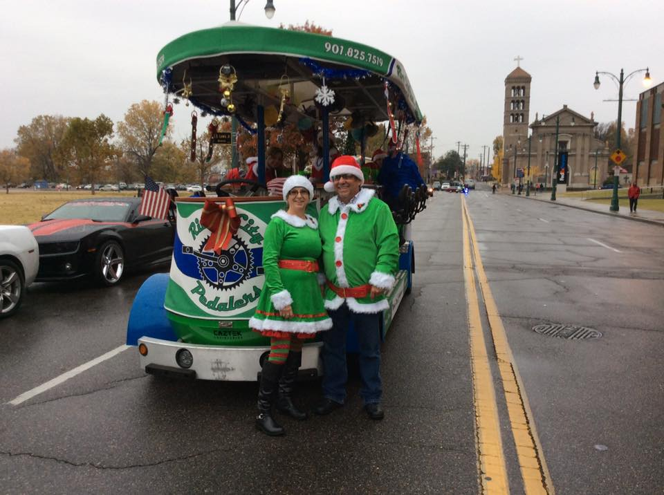 Christmas Light tours on River City Pedalers Party Bikes